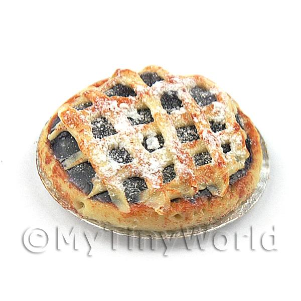 Dolls House Miniature Deep Filled Blackberry And Apple Lattice Pie