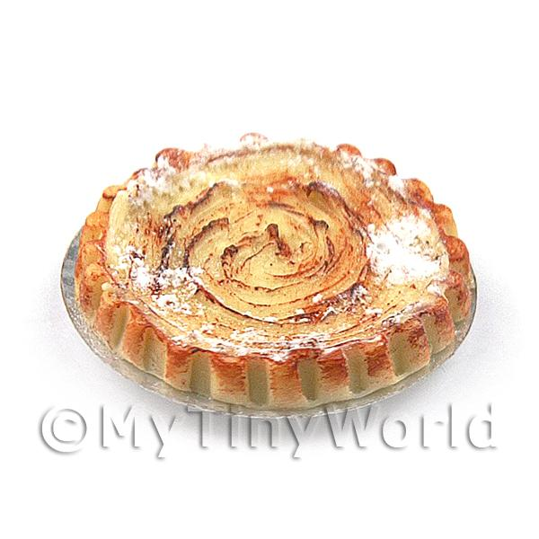 Dolls House Miniature Meringue Topped Zingy Key Lime Pie