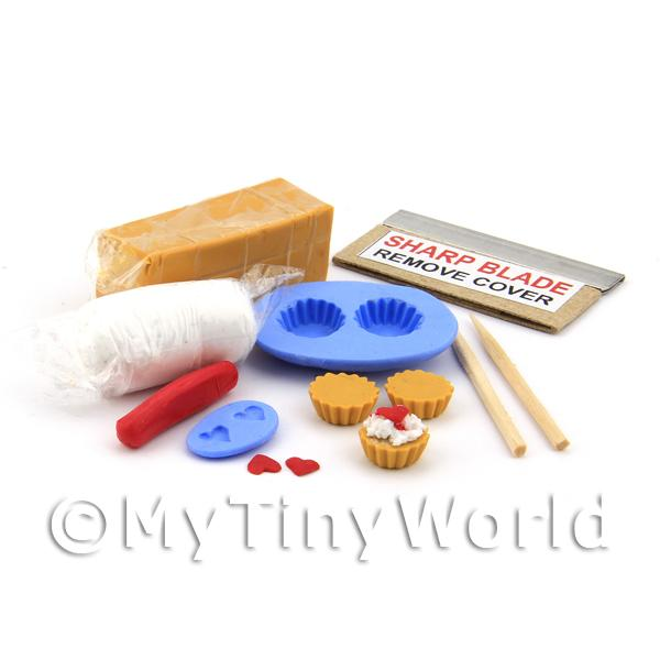 Dolls House Miniature Strawberry Heart Tart Kit With Silicone Mould