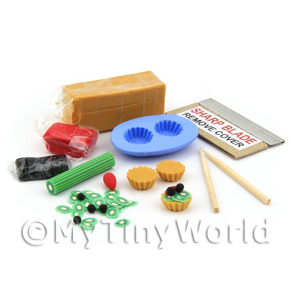Dolls House Black Cherry and Kiwi Tart Kit With Silicone Mould