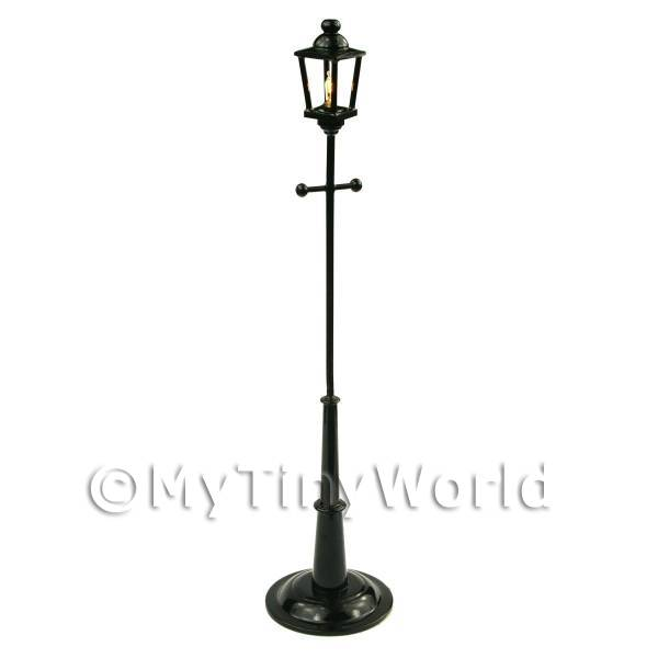 1/12 Scale Dolls House Miniatures  | Dolls House Miniature Tall Victorian Coach Style Street Lamp