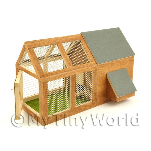 Dolls House Miniature Large Chicken House