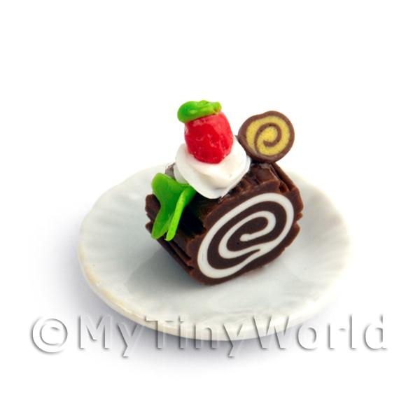 Dolls House Miniature Slice Of Chocolate Roulade On A Plate (PR5)