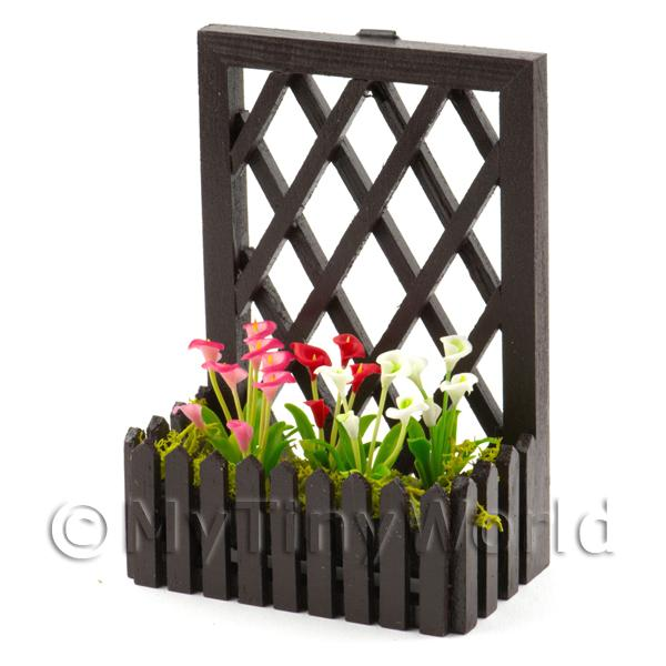 Dolls House Miniature  | Hand Made Miniature Calla Lilies In A Trellis Backed Box