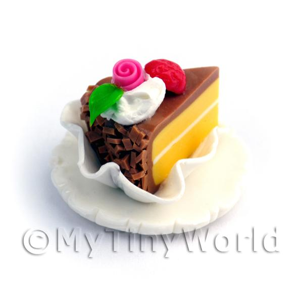 Dolls House Miniature Hand Made Individual Cake Slice On A Clay Plate