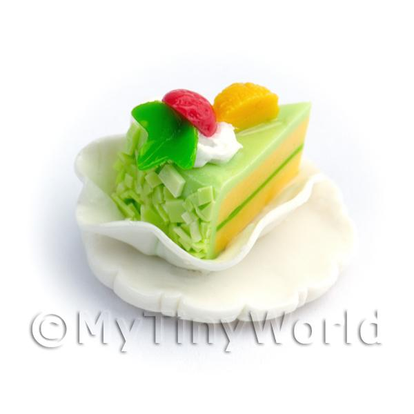 Dolls House Miniature  | Dolls House Green Iced Individual Cake Slice On A Clay Plate