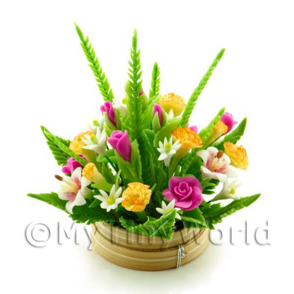 Dolls House Miniature Roses   Lillies Bouquet