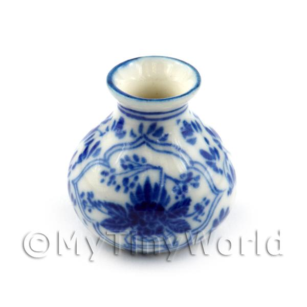 Dolls House Miniature  | Dolls House Miniature Fine Porcelain Dynasty Vase