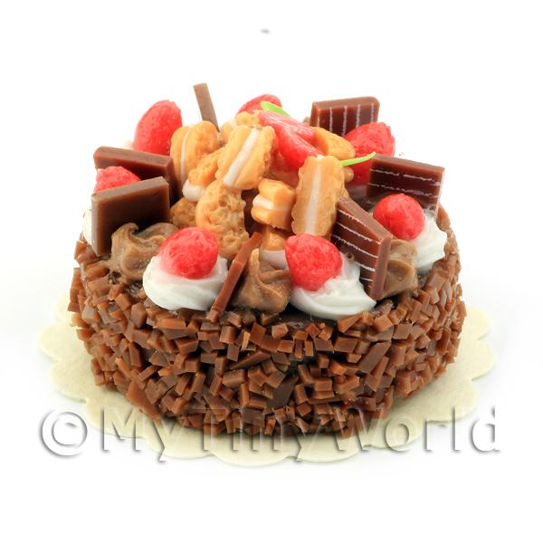 Dolls House Miniature Strawberry Chocolate Fudge Cake