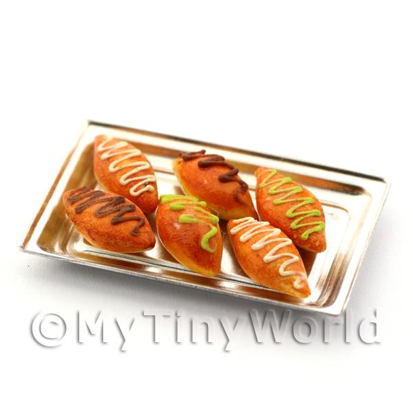 Dolls House Miniautre  Iced Buns On A Metal Tray
