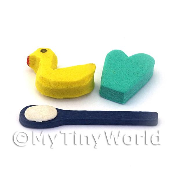 Dolls House Miniature Childrens 3 Piece Bathroom Set