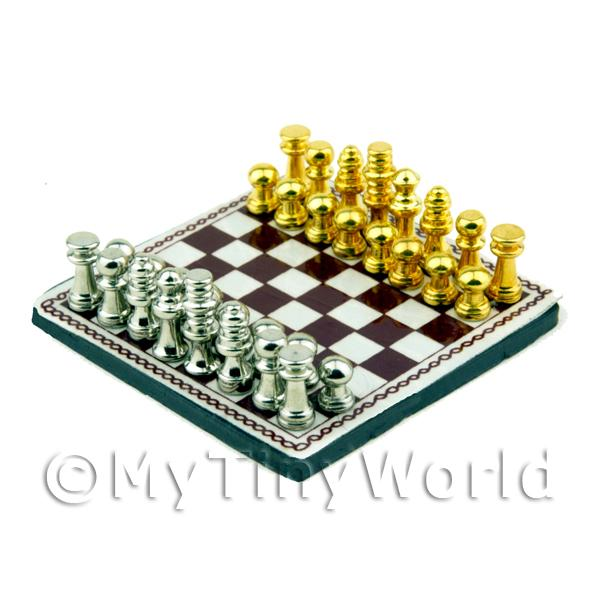 Dolls House Miniature Chess Board and Loose Pieces