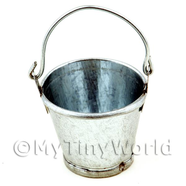 Dolls House Miniature  | Dolls House Miniature Metal Bucket With Movable Handle