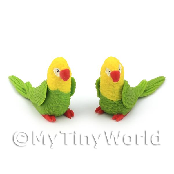 Dolls House Miniature  | Pair of Dolls House Miniature Handmade Green And Yellow Parrots