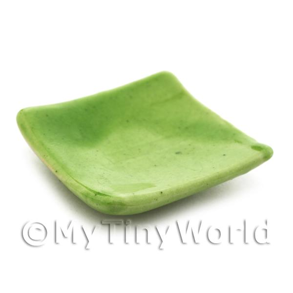28mm Dolls House Miniature Green Square Plate