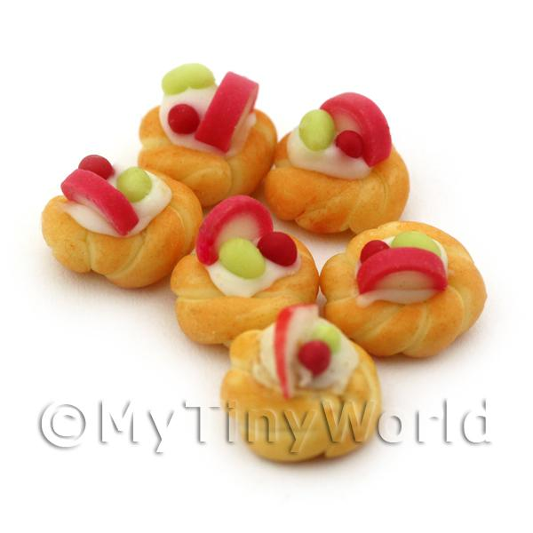 Dolls House Miniature Apple And Grape Twisted Bun
