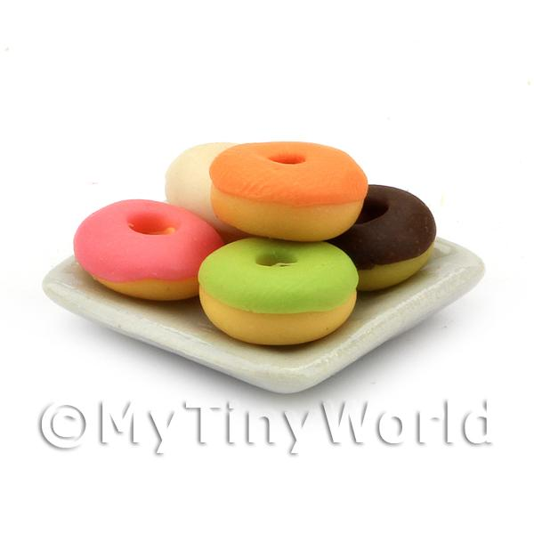 Dolls House Miniature  | Dolls House Miniature 5 Mixed Ring Iced Donuts