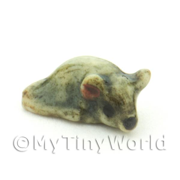Dolls House Miniature  | Hand Made Dolls House Miniature Ceramic Grey Mouse