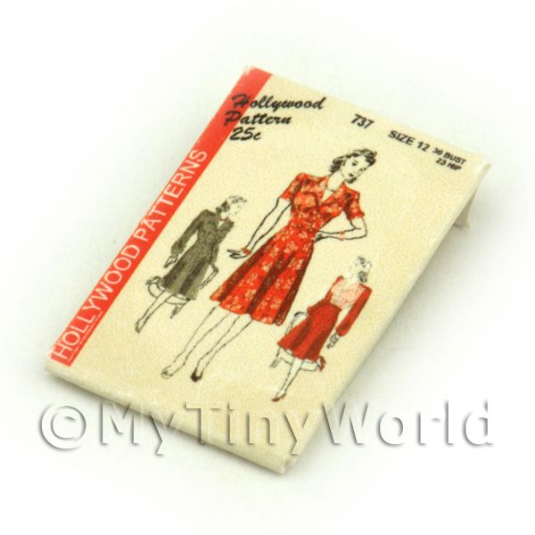 Dolls House Miniature  | Dolls House Miniature Hollywood Dress Pattern Packet (DPP051)