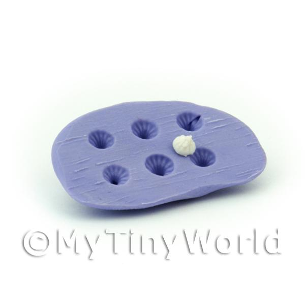 Dolls House Miniature  | Dolls House Miniature  6 Piece Small Meringue  Mould