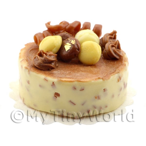 Dolls House Miniature Handmade Vanilla and Chocolate Cheesecake