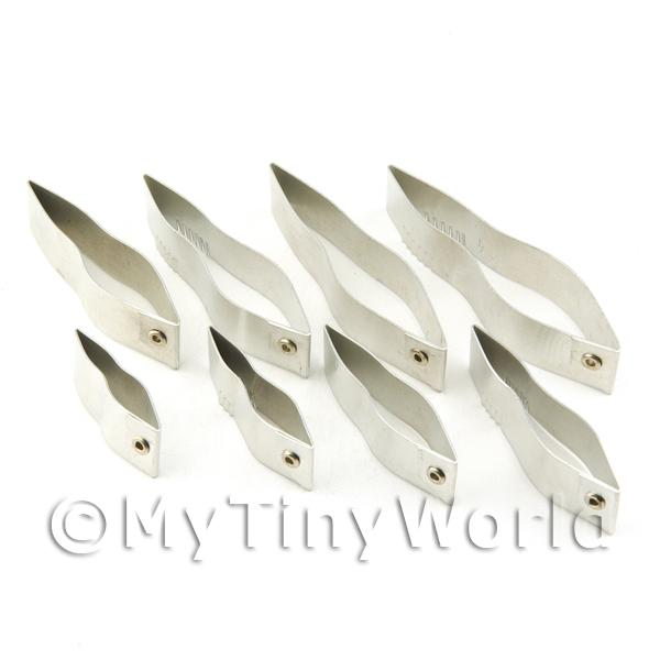 Set of 8 Assorted Size Palm Leaf Sugar Craft Cutters