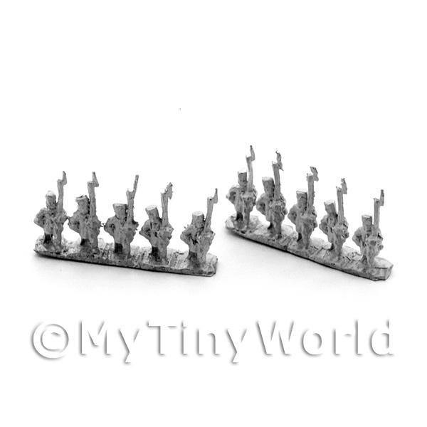 10 Dolls House Metal Marlburian Russian Line Infantry