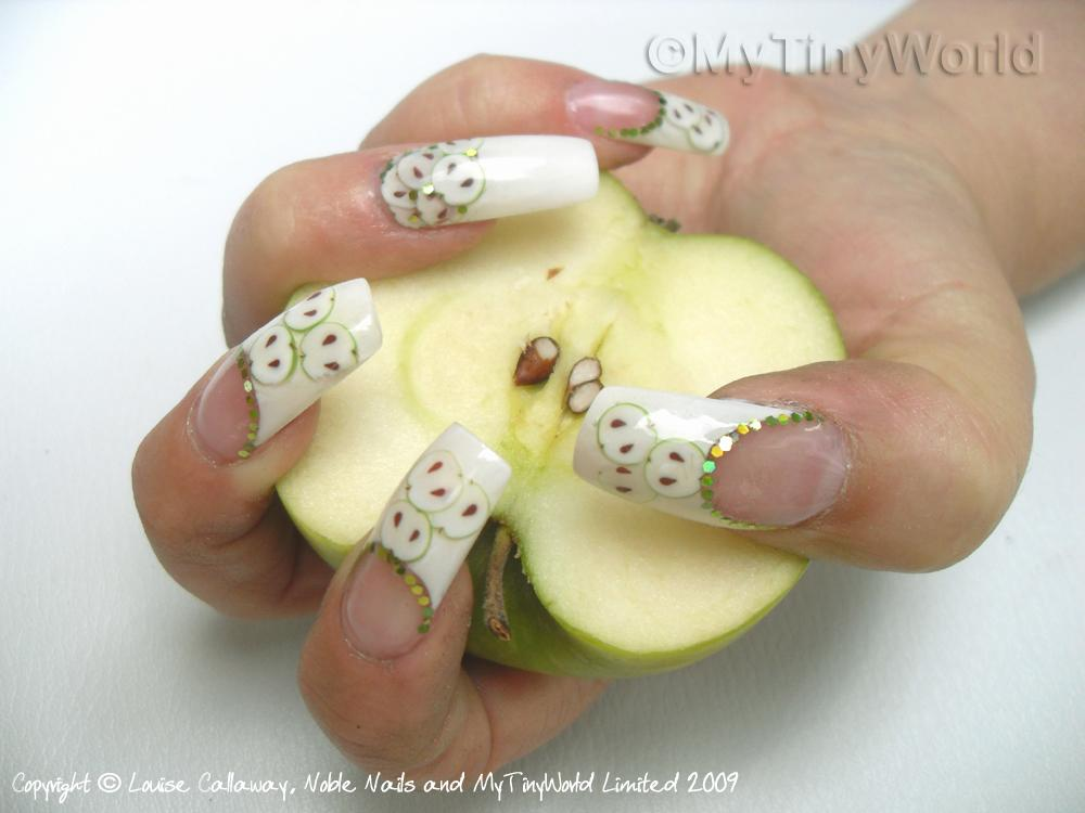 Nail Art Picture - Pink Flowers